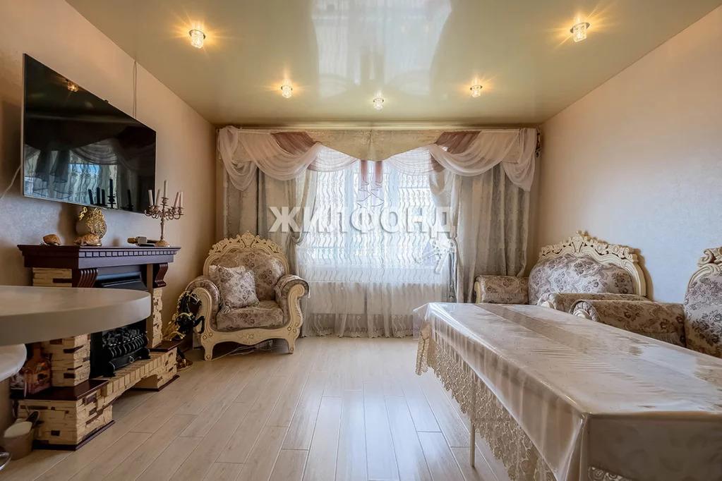 Продажа квартиры, Новосибирск, м. Золотая Нива, Ул. Татьяны Снежиной - Фото 0