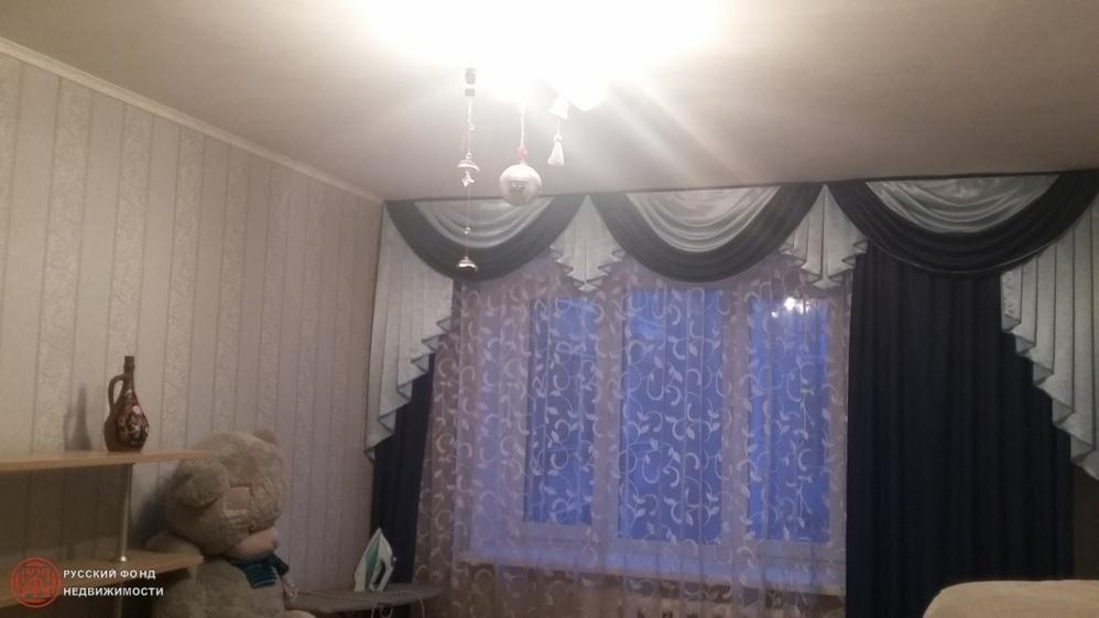 Сдам комнату. Петергоф г, Чебышевская ул. - Фото 1