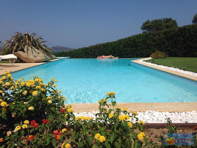 Вилла класса люкс с бассейном в аренду на Сардинии. - Фото 6
