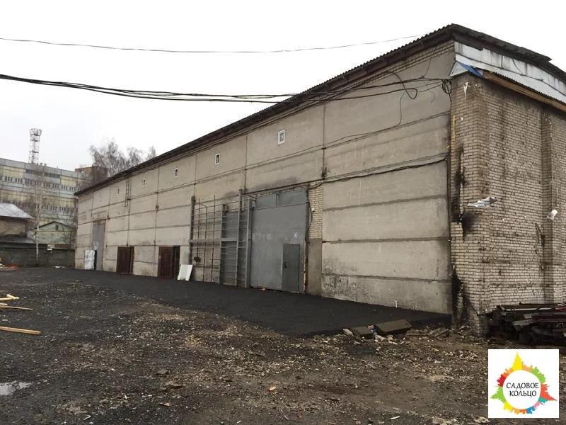 Под склад, производство, 140 метров, теплый, выс. потолка:6/8 м, огор - Фото 0