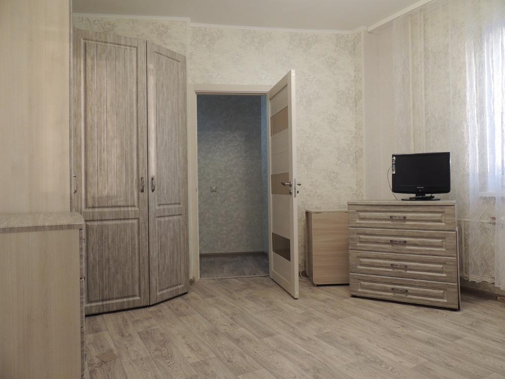 Продам 1-к квартиру, Киевский пгт, 23а - Фото 0