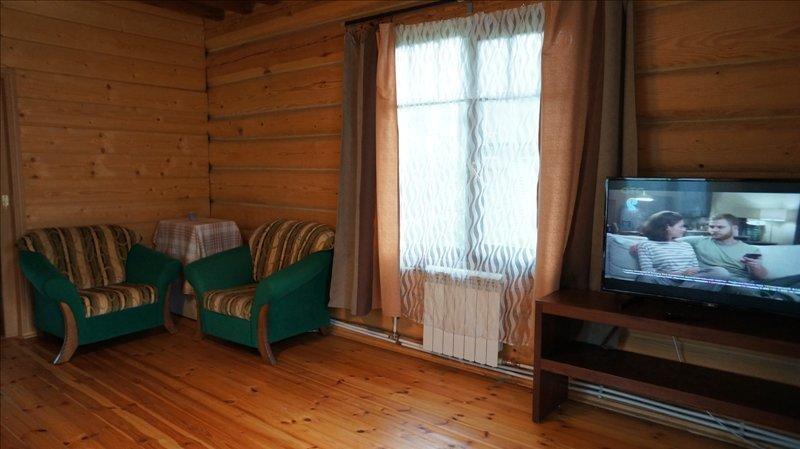 Двухэтажный домик с русской баней в пос. Мельничный Ручей - Фото 11