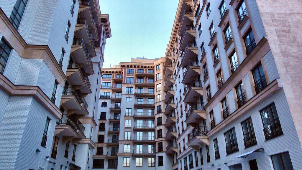 286кв.м, св. планировка, 9 этаж, 1секция - Фото 13