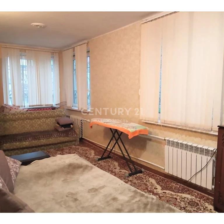 Продажа 4-к квартиры на площади Каминтерна 6, 100 м2, 2/2 эт. - Фото 3
