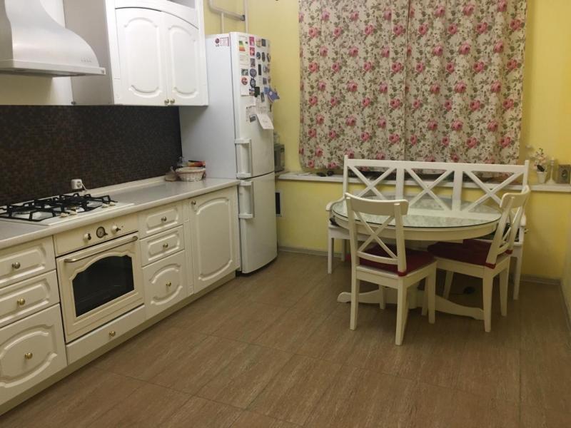 Продажа квартиры, Якутск, Ул. Дзержинского - Фото 0