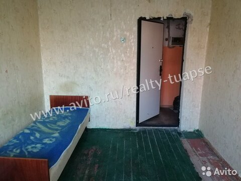 Комната 11.1 м в 5-к, 1/4 эт., Купить комнату в Туапсе, ID объекта - 701251436 - Фото 1