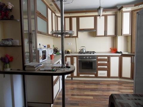 2-к. кв. 67 м2, 2 из 9, Купить квартиру в Евпатории, ID объекта - 333529393 - Фото 1