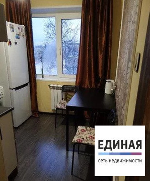 Продам 1-к квартиру, Серпухов г, улица Захаркина 5