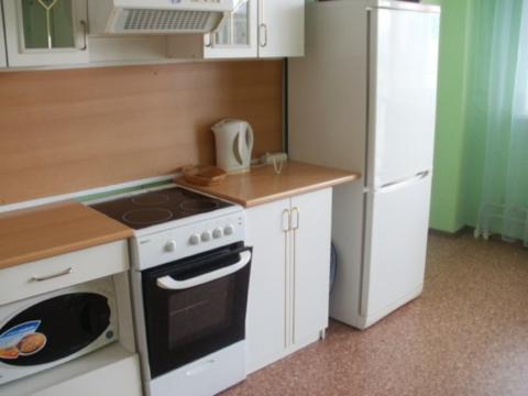 Сдам квартиру Юго-запад, Снять квартиру в Екатеринбурге, ID объекта - 326086670 - Фото 1