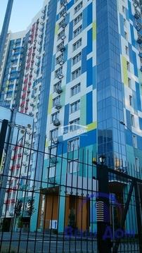 Продается двухкомнатная квартира с ремонтом в ЖК Гвардейский, Купить квартиру в Ростове-на-Дону, ID объекта - 329315308 - Фото 1