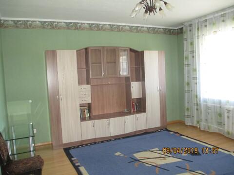 Двухкомнатная квартира в центре, Снять квартиру в Барнауле, ID объекта - 319626673 - Фото 1