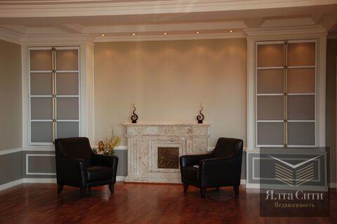 Шикарная 3-комнатная квартира с авторской отделкой и панорамным видом