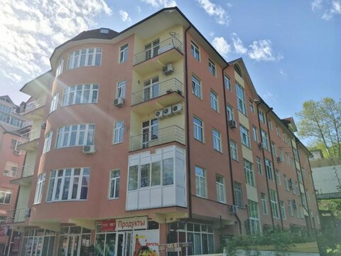 Двухкомнатная квартира в Сочи в 2 минутах от моря