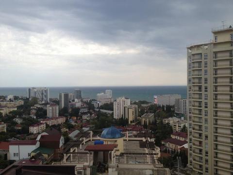 1 комнатная квартира с панорамным видом на морское побережье Сочи в .