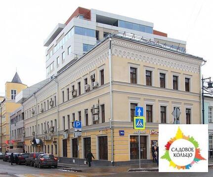 Продаётся отдельно стоящее здание. Общая площадь 1333 кв.м. В подвале
