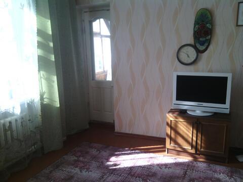 1 500 Руб., 2-комнатная просторная квартира около Площади Октября и Нового рынка., Снять квартиру на сутки в Барнауле, ID объекта - 316758276 - Фото 1