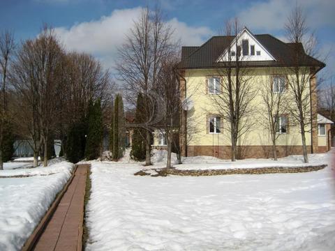 Продается жилой дом 300 кв.м. для большой и дружной семьи и их друзей .