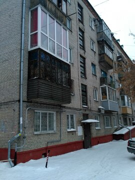 Продаю 2х комнатную Комсомольский 61, Купить квартиру в Барнауле, ID объекта - 333419771 - Фото 1