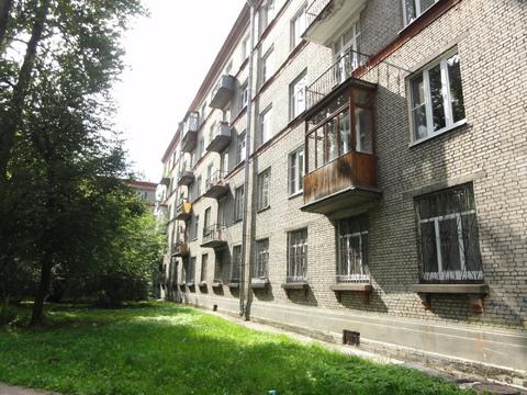 Продается комната в сталинке в 5 минутах от Удельной, Купить комнату в Санкт-Петербурге, ID объекта - 701081209 - Фото 1