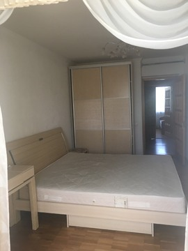 Аренда 3-комнатной квартиры на ул. Мате Залки, нижняя
