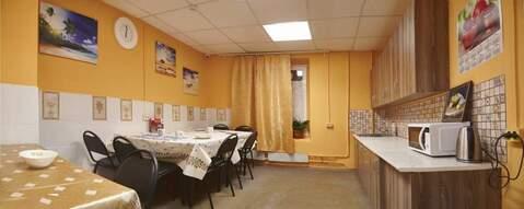 Аренда койко-места посуточно, Снять комнату на сутки в Москве, ID объекта - 701182488 - Фото 1