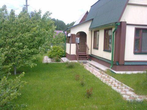 Бревенчатый , очень аккуратный дом 70 кв.м, летняя кухня, 6 соток в .