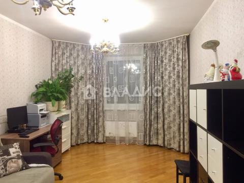 Москва, Сколковское шоссе, д.13, 3-комнатная квартира на продажу