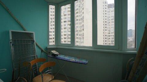 Купить трёхкомнатную квартиру с ремонтом вблизи от моря., Купить квартиру в Новороссийске, ID объекта - 333910473 - Фото 16