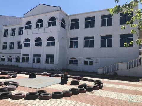 58 000 000 Руб., Продается 3-этажное отдельно стоящее здание площадью 1100 кв.м, Продажа готового бизнеса в Севастополе, ID объекта - 100099405 - Фото 1
