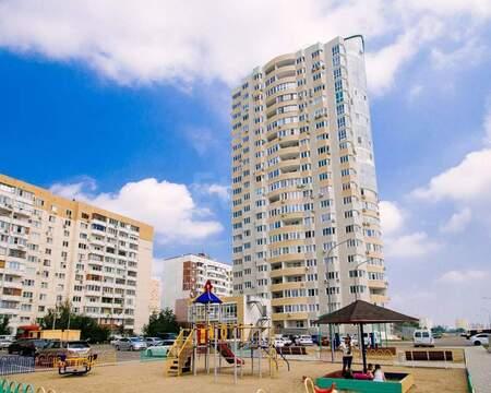 Продается 2-комн. квартира 93 м2, Купить квартиру в Краснодаре, ID объекта - 331077100 - Фото 3