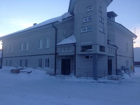 300 Руб., Офисное здание с производством и складом, Аренда офисов в Барнауле, ID объекта - 600613640 - Фото 1