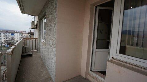 Купить трёхкомнатную квартиру с ремонтом вблизи от моря., Купить квартиру в Новороссийске, ID объекта - 333910473 - Фото 6