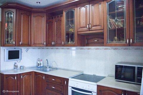 Квартира 4-комнатная Саратов, 6-й квартал, ул Тархова