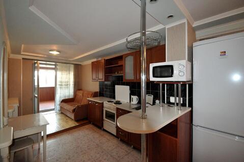 1-комнатная квартира в Центре города, Снять квартиру на сутки в Барнауле, ID объекта - 301429962 - Фото 1