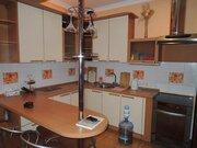 Трёх комнатная квартира в Ленинском районе в ЖК «Пять звёзд», Снять квартиру в Кемерово, ID объекта - 302941428 - Фото 4